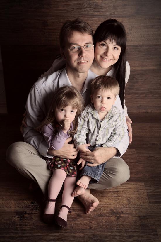 Dr. Tóth Ágnes, nőgyógyász és családja